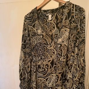 Black and gold H&M shirt